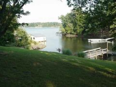 HHIRentals.net - Lake Wylie waterfront rental house